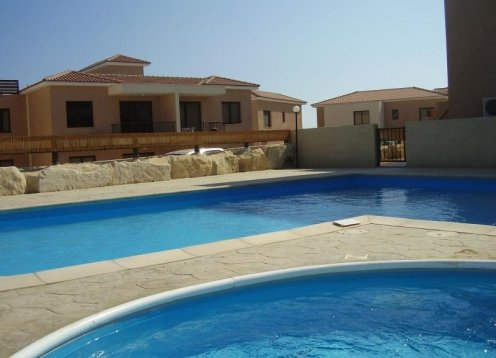 Hapissouri, Pissouri, 2 Bedroom Apartment with communal pool